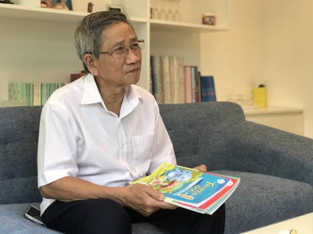 GS Nguyễn Minh Thuyết: Có những chuyện không hay lắm trong cạnh tranh sách giáo khoa